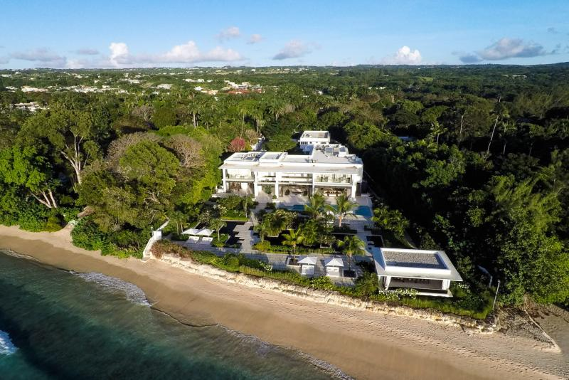 Beachfront Villa Alaya
